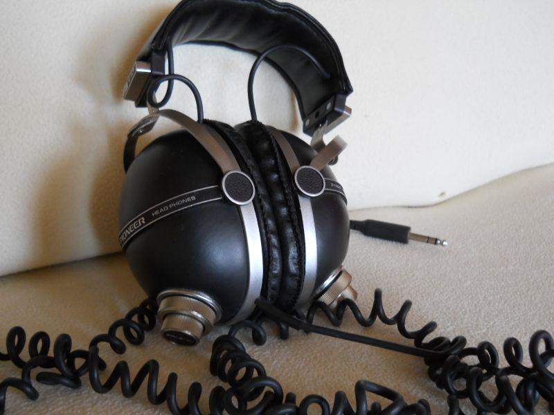 casque pionner ecoute stereo avec pre reglage annee 70. Black Bedroom Furniture Sets. Home Design Ideas